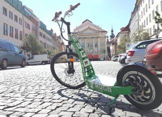 Hugo bike Prague – enjoy Prague with any effort with e-Scooter