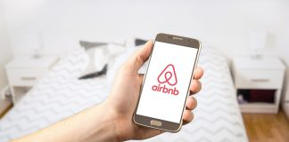 New service: Airbnb Trips at Prague