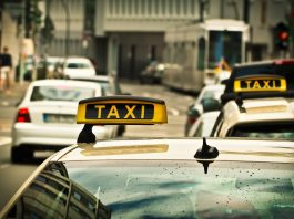 Read TOP 4 Travel scams Prague list